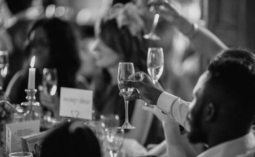 Sag einfach Ja - 7 Tipps für deine Low-Budget-Hochzeit