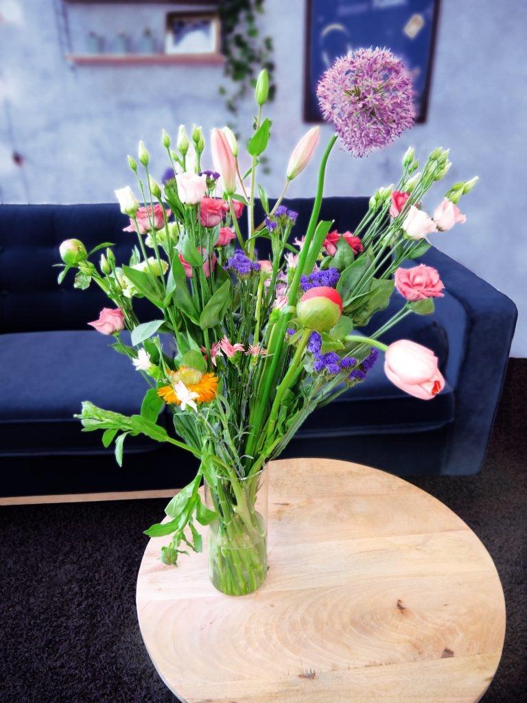 Blumen verschicken günstig gemacht – so geht's!