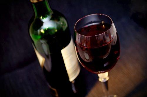 Weinglas als Geschenk zum Vatertag