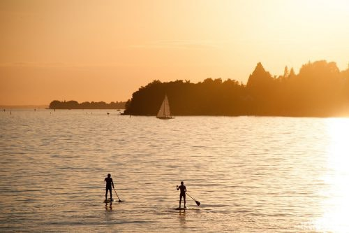 Vatertagsgeschenk mal anders: Stand up Paddling