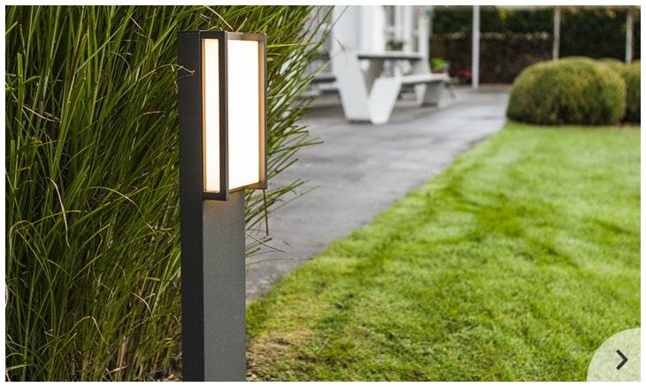 Licht im Garten mit Wegeleuchten