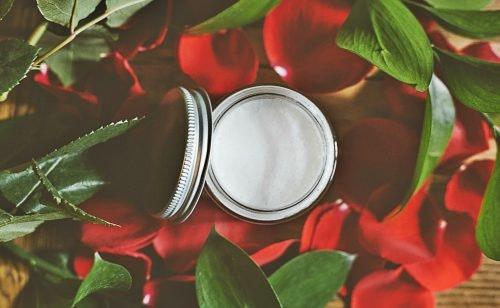 Sommer-Kosmetik: Luxusprodukte und ihre günstigen Alternativen