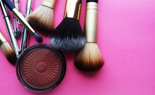 Kosmetik-Adventskalender: Schön durch die Adventszeit