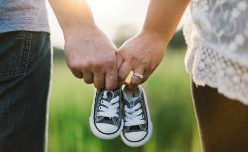 Erstausstattung fürs Baby: Checkliste für die Familie