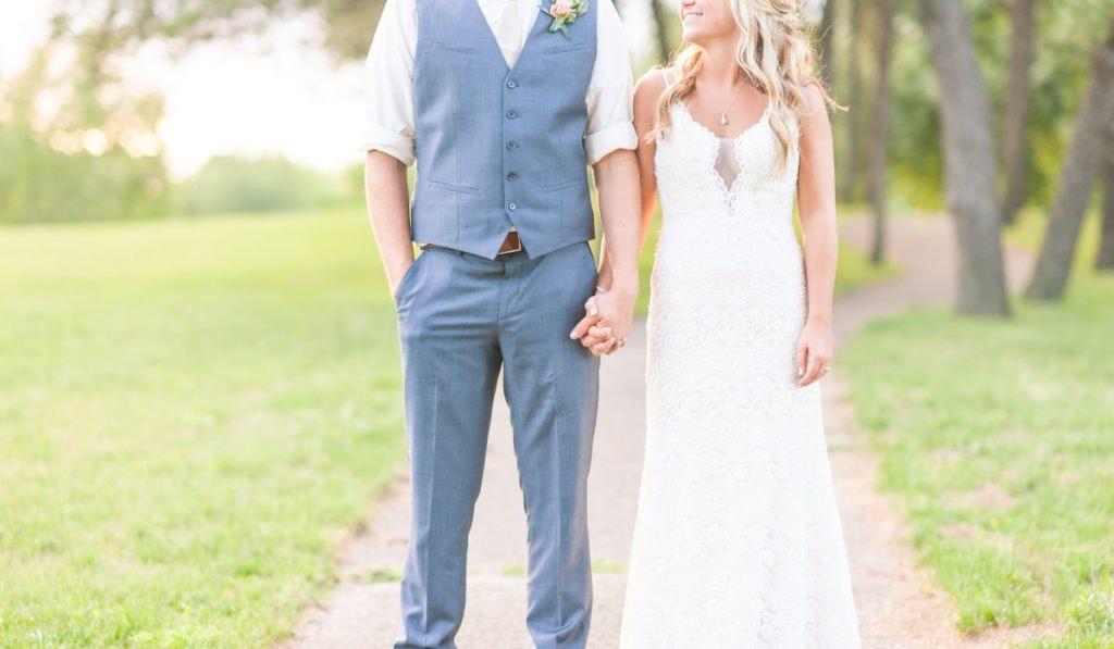 Braut und Bräutigam im Boho-Look